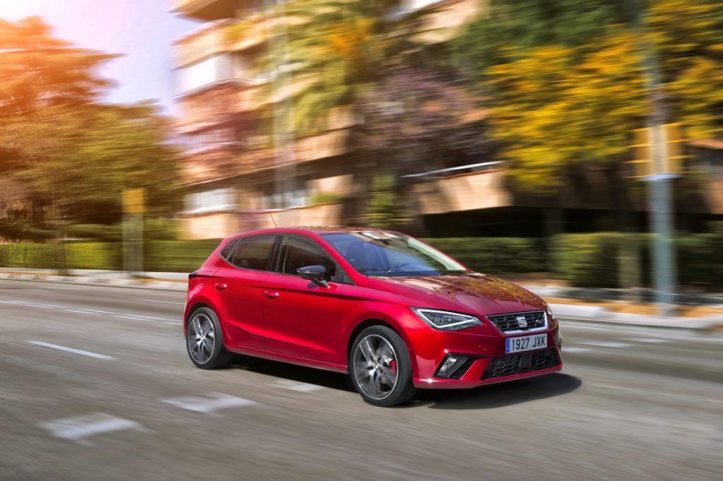 Seat Ibiza: l'auto con il fuoco dentro