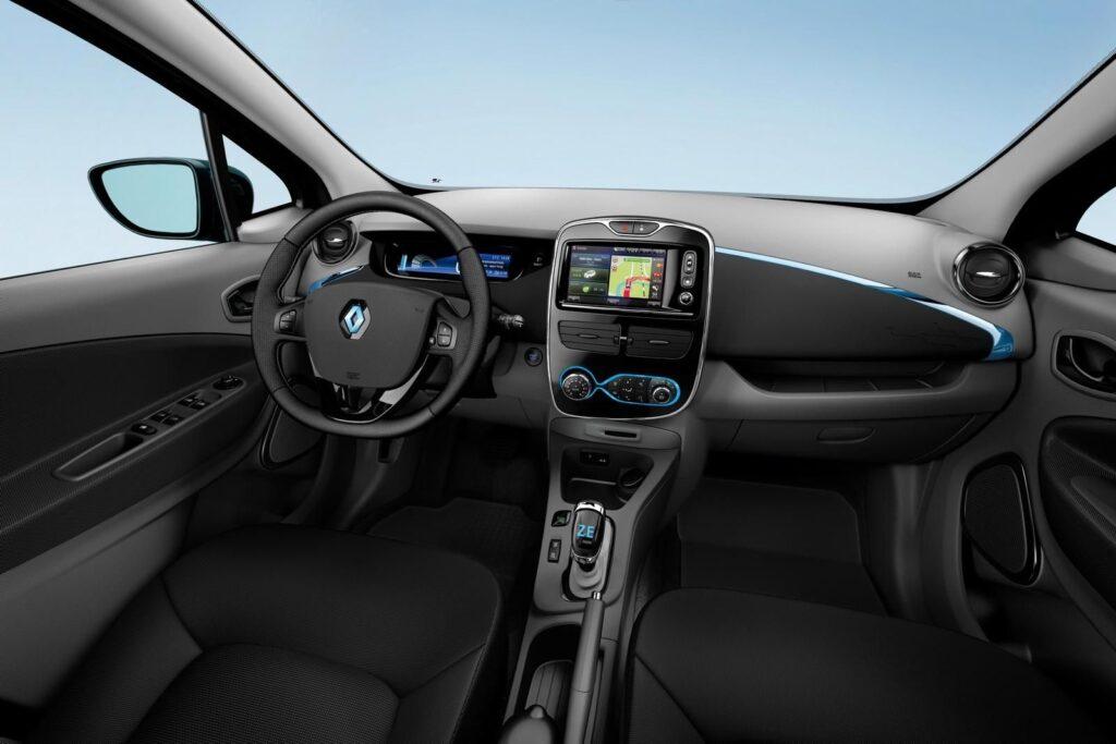 interni auto renault zoe elettrica