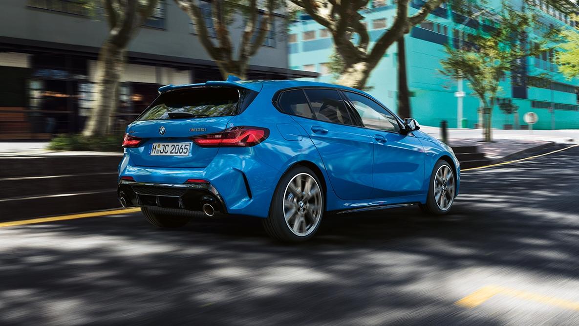 Il look elegante e aggressivo della BMW Serie 1